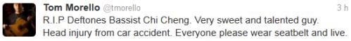 RIP Chi Cheng le bassiste de Deftones. Un mec adorable et talentueux. Blessure à la tête à cause d'un accident de voiture. Tout le monde met sa ceinture de sécurité s'il vous plaît et vivez.