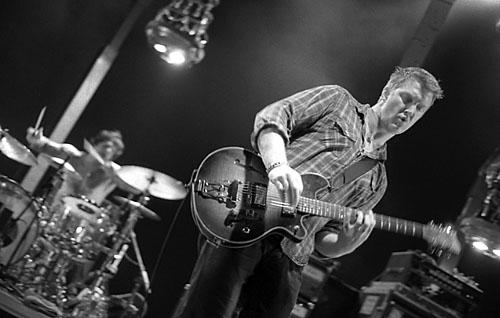 Josh homme guitare live